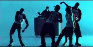 Video: E-40 - Function (Remix) (ft. Young Jeezy, Chris Brown, Problem, French Montana & Red Cafe)